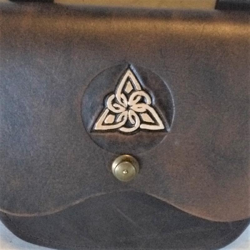 Celtic Leather Craft Shoulder Bag Triangle Knot Shoulder Bag